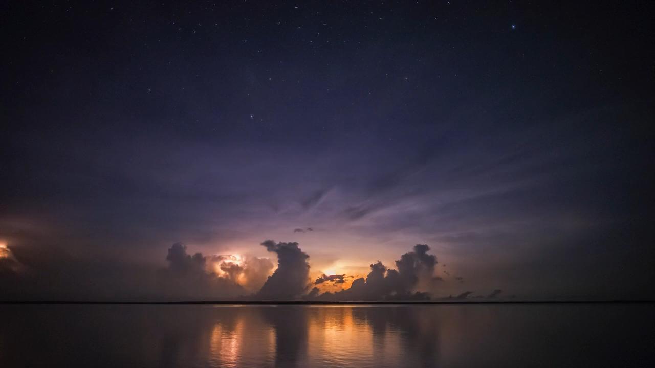 В краю муссонов / Wonders of the Monsoon (1-5 серии из 5) (2014) BDRip 720p